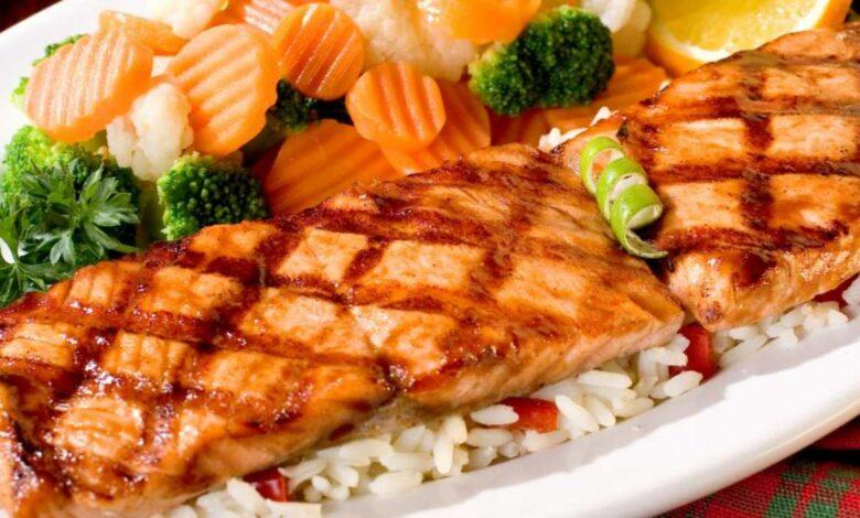 Kebab de pescado a la parrilla, magro y saludable 1