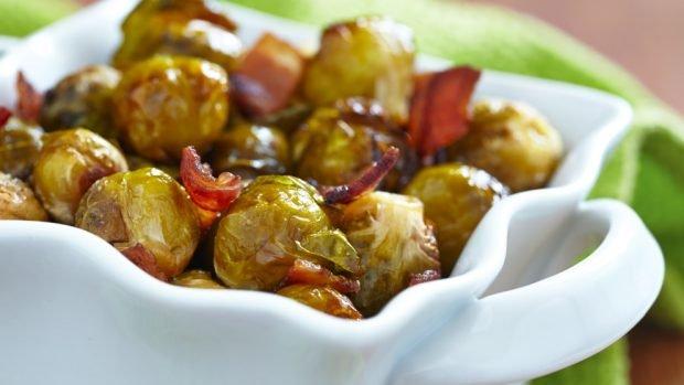 Coles de Bruselas con jamón, una receta para cuidarte y disfrutar