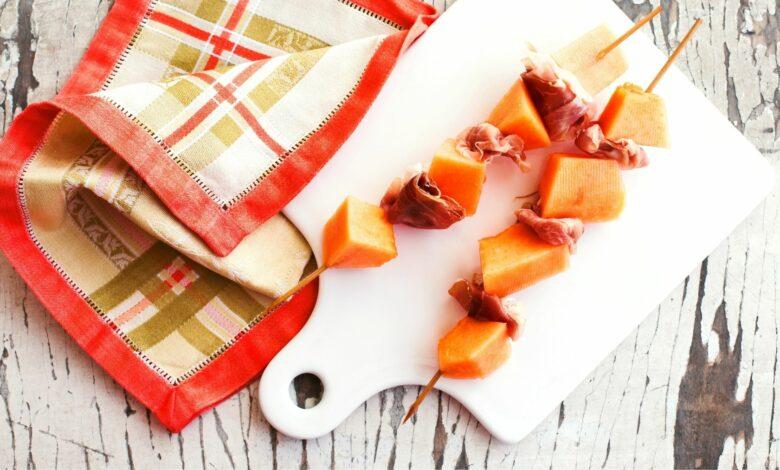 Brochetas de melón y jamón, un delicioso aperitivo para el verano 1