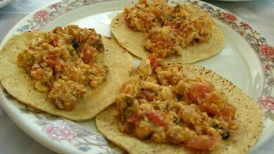 Sartenada de huevos con verduras y salsa de queso 7