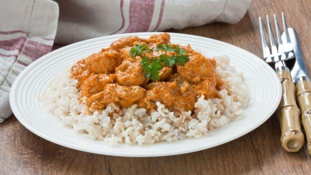 Cómo hacer salsa al curry fácil 2