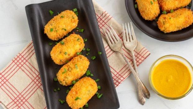 Croquetas de queso y mostaza, receta del aperitivo más deseado y fácil de preparar del mundo 2