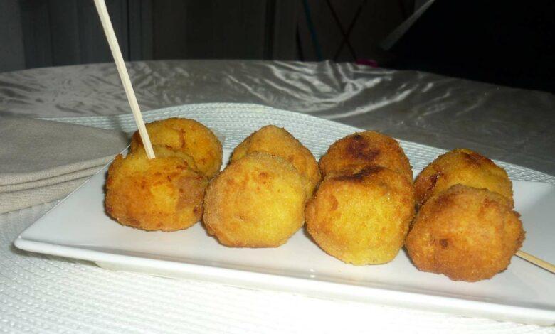 bolas de arroz con carne y guisantes 1