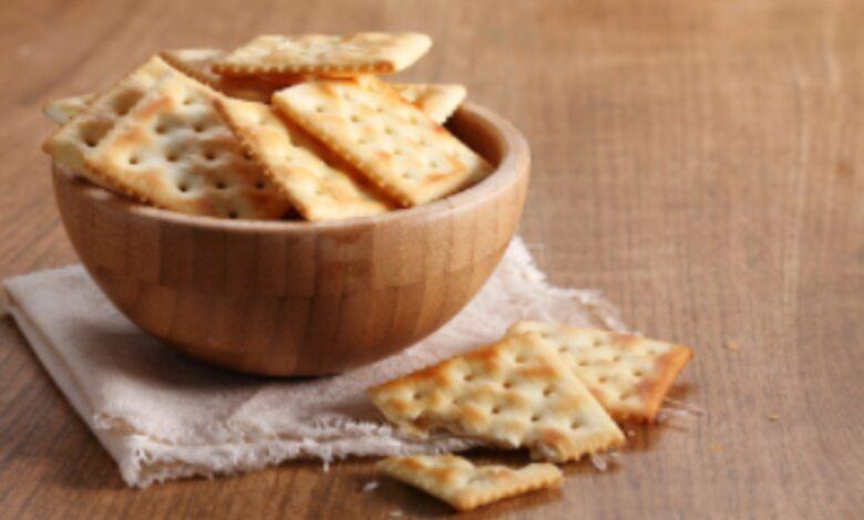 Galletas saladas crackers, receta de picoteo fácil de preparar 1