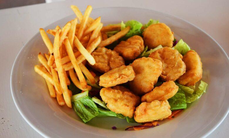 Nuggets de pollo caseros crujientes con freidora sin aceite 1