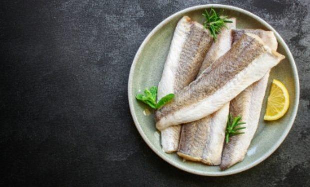 Merluza a la plancha, receta fácil de preparar y saludable 2