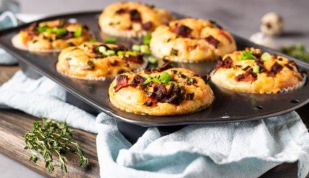 Muffins de jamón york y queso: receta salada y saludable 2