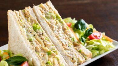 Sándwich de pollo y maíz, receta de cena o comida rápida saludable 2