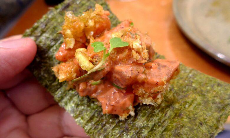 Tartar de atún con aguacate y langostinos 1