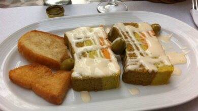 Elegante pastel de verduras con masa de quinoa y boniatos 6