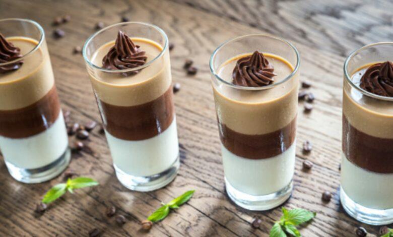 Panna cotta de chocolate con leche, receta de postre listo en 5 minutos 1