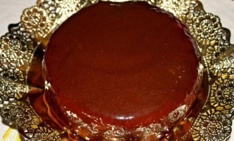Pie crema de Boston, con fresas y chocolate 1