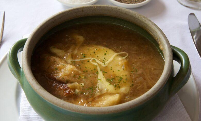 Sopa de cebolla a la francesa 1